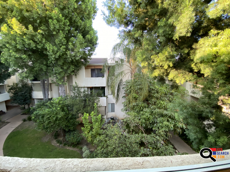 Apartment for rent in Encino, CA