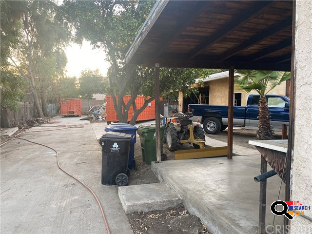 2BD/2BA House for Sale in North Hills, CA