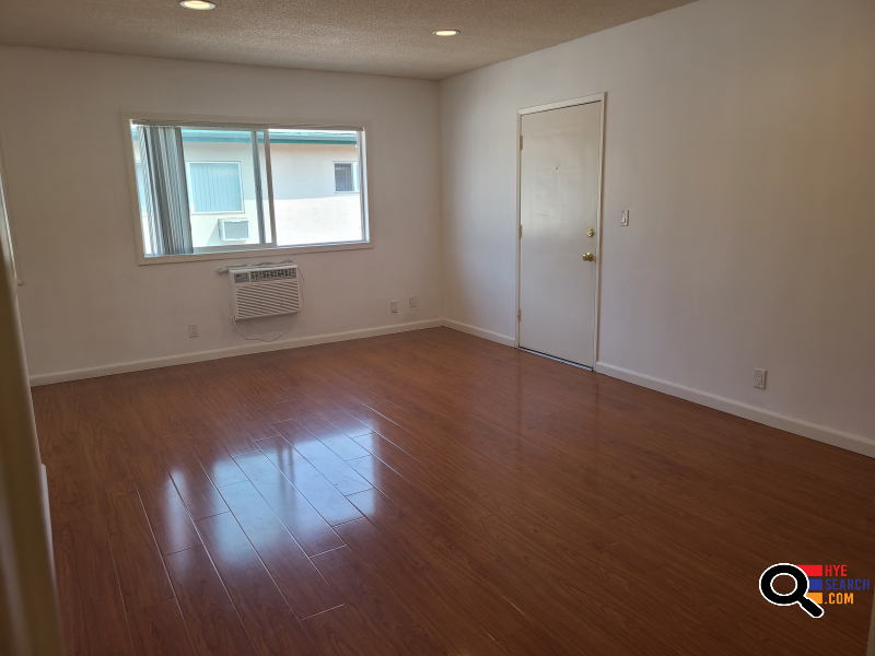 Beautiful 2 Bedroom 1 bath for Rent Section 8 accepted in Van Nuys, CA