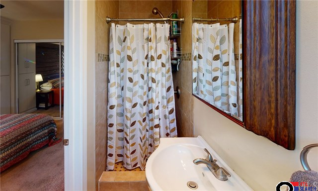 3BD/2BA House for Sale in Sun Valley, CA