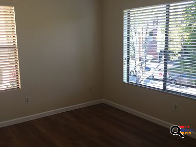 Townhouse for Rent in Glendale, CA