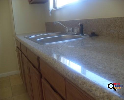 Apartment for Rent in Canoga Park, CA
