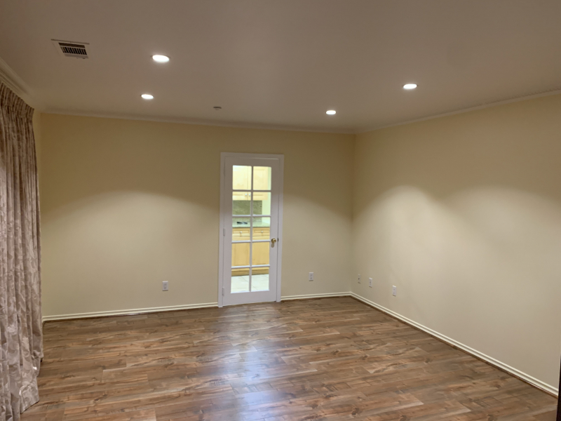 Back House for Rent in Glendale, CA