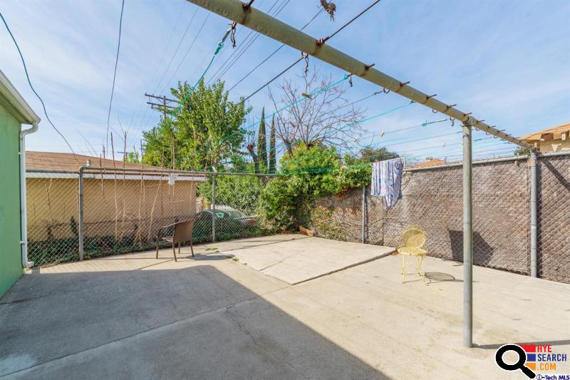 227 W Alameda Ave #I, Burbank, CA  91502-2560