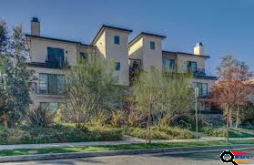 Precious 2 Bedroom apartment in Glendale, CA