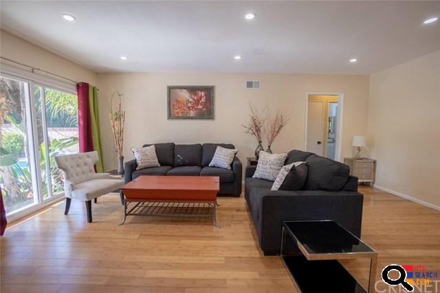 7051 Morse Ave, North Hollywood, CA  91605-4805