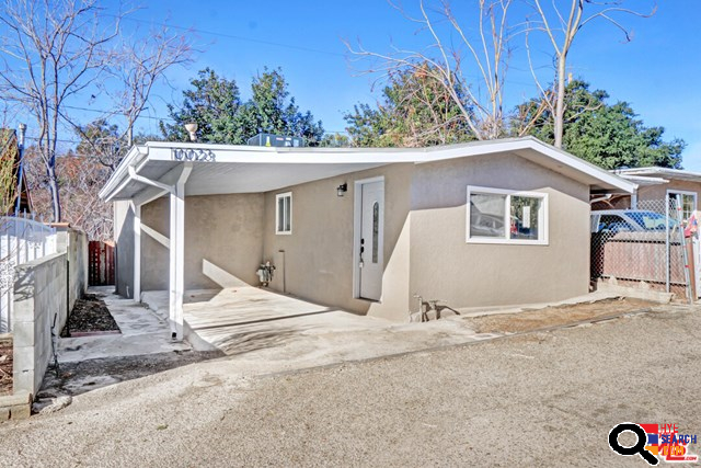 10023 Fairgrove Ave, Tujunga, CA  91042-2425