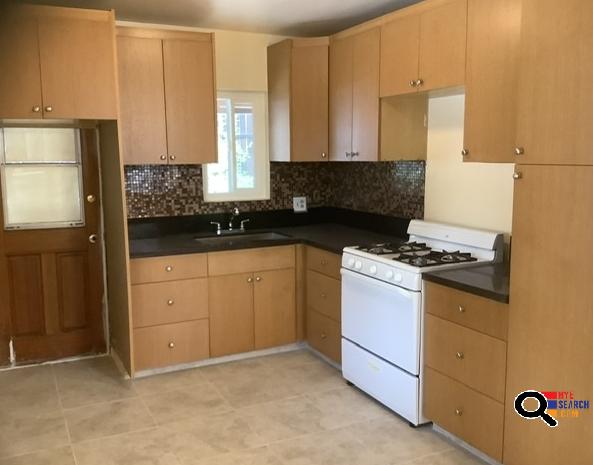 Front House For Rent - Վարձով է Տրվում Front House In Tujunga, CA