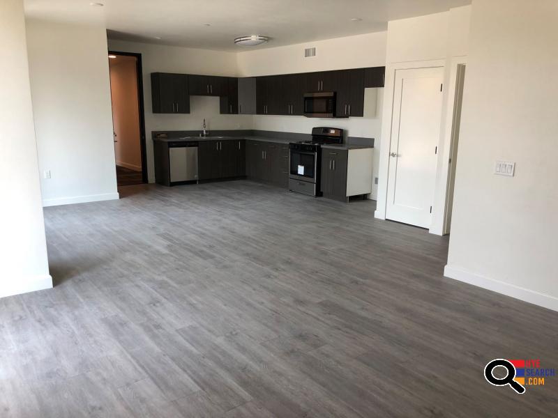 Precious 2 Bedroom Apartment for Rent in Studio City CA