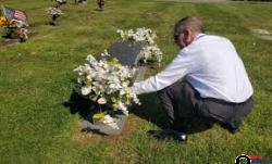 Graveyard Land for Sale in N. Hollywood, CA - Վաճառվում է գերեզմանի հող