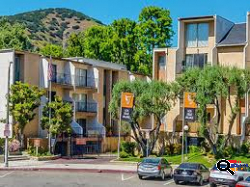 Big and Clean One Bed/ One Bath Apartment for Rent in Hollywood, CA Los Feliz  Area