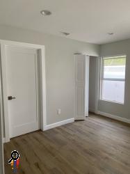 2 bedroom 2 bathroom Back House for Rent in North Glendale, CA