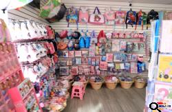 Retail Store for Sale in Glendale, CA - Վաճառվում է Նվերների և զեղջերի խանութ