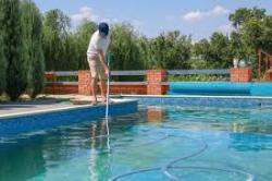 Now Hiring Swimming Pool Service Technician in  Los Angeles, CA - Պահանջվում է լողավազաններ սպասարկող աշխատակի